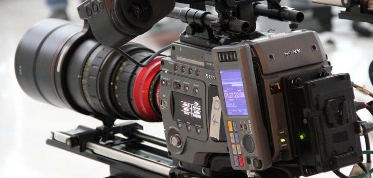 Cầm đồ máy quay phim giá cao
