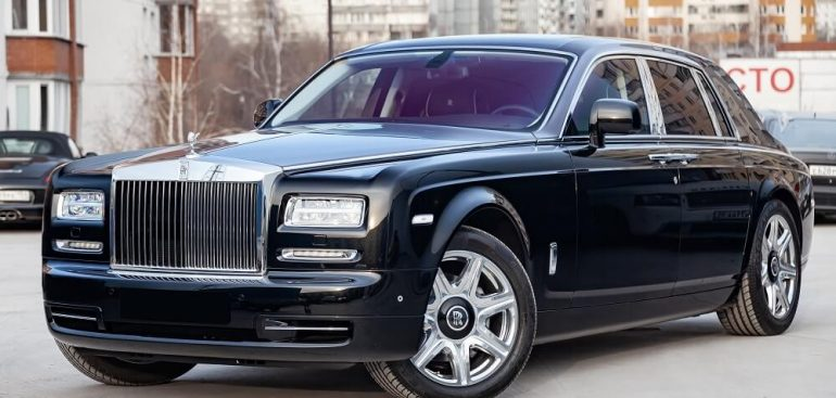 Cầm xe ô tô Rolls Royce